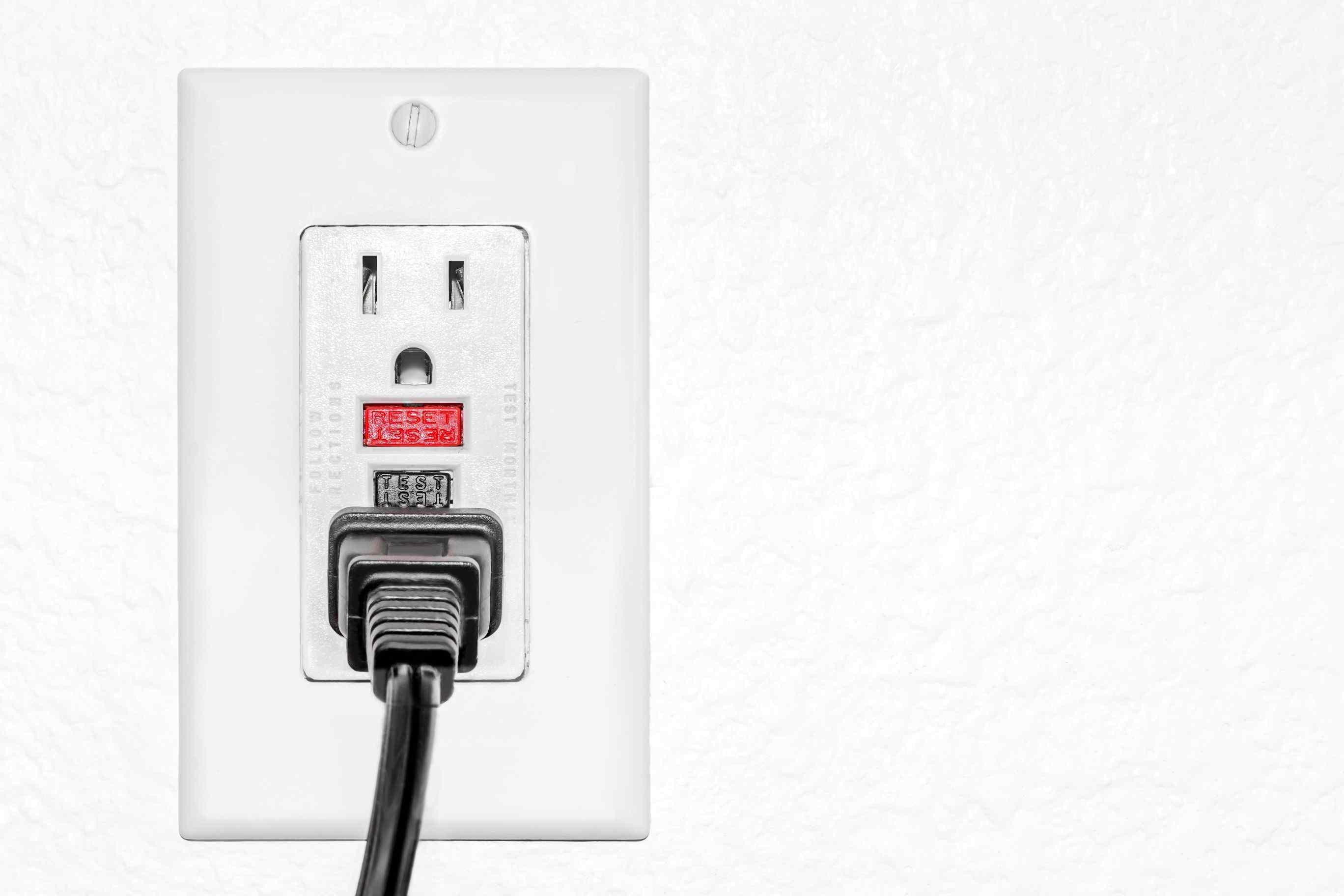 220V electrical outlets